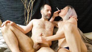 Eve giving fleshly tugjob whilst smokin'