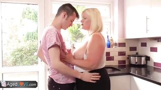 Lost Hunk Bangs a Foreign Wife with his Large Knob in the Kitchen