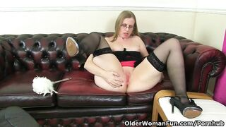 British mother I'd like to fuck Sammie Pushes a Booty Plug up her Butt