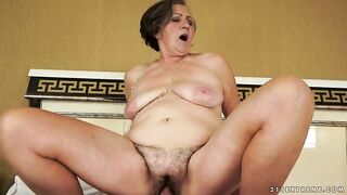 Insatiable granny got her curly cunt licked previous to that babe got screwed the way this babe always wanted