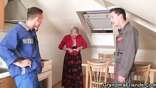 GRANDMA ALLIES - 2 repairmen screw breasty grandma from the one and the other ends