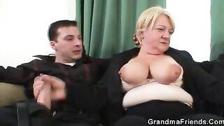 GRANDMA ALLIES - 2 buddies fuck drunk old bitch