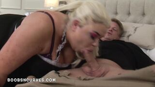 Hotel maid with large titties bangs a visitor