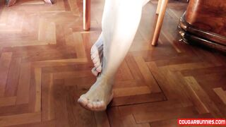 Feet Play Aged Stripped mother I'd like to fuck shows her SOLES in close ups, full body, all natural stripped, shaggy vagina