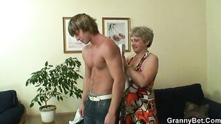GRANNYBET - Lonely granny gets drilled by a absolutely stranger
