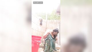 Bhabhi making undressed bathing movie scene and her sister came